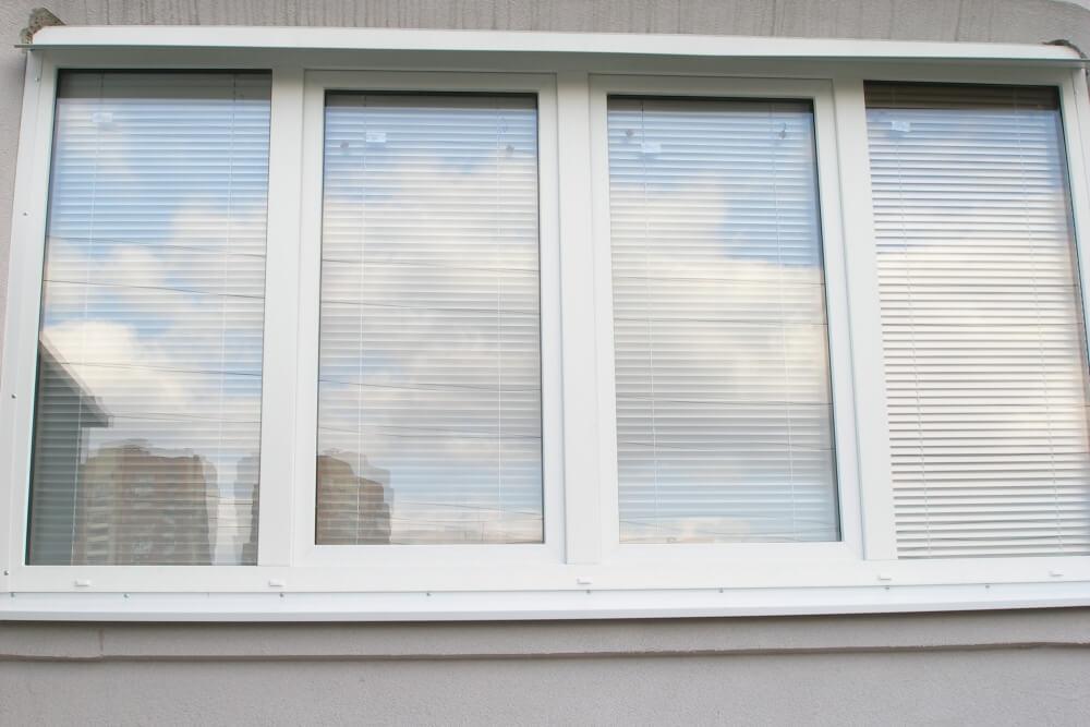Заказать балконную раму, цены на пластиковую раму для балкон.