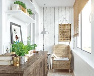 Установка мебели заказчика на балконе