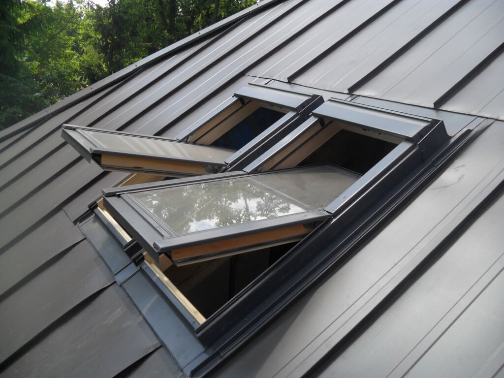 Установка окна в крыше своими руками